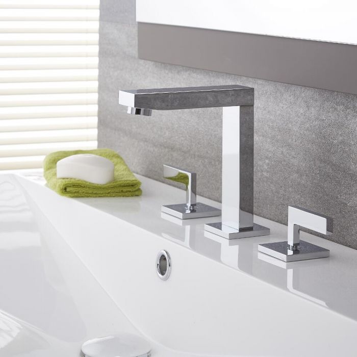Kubix - Chrome Widespread Bathroom Faucet