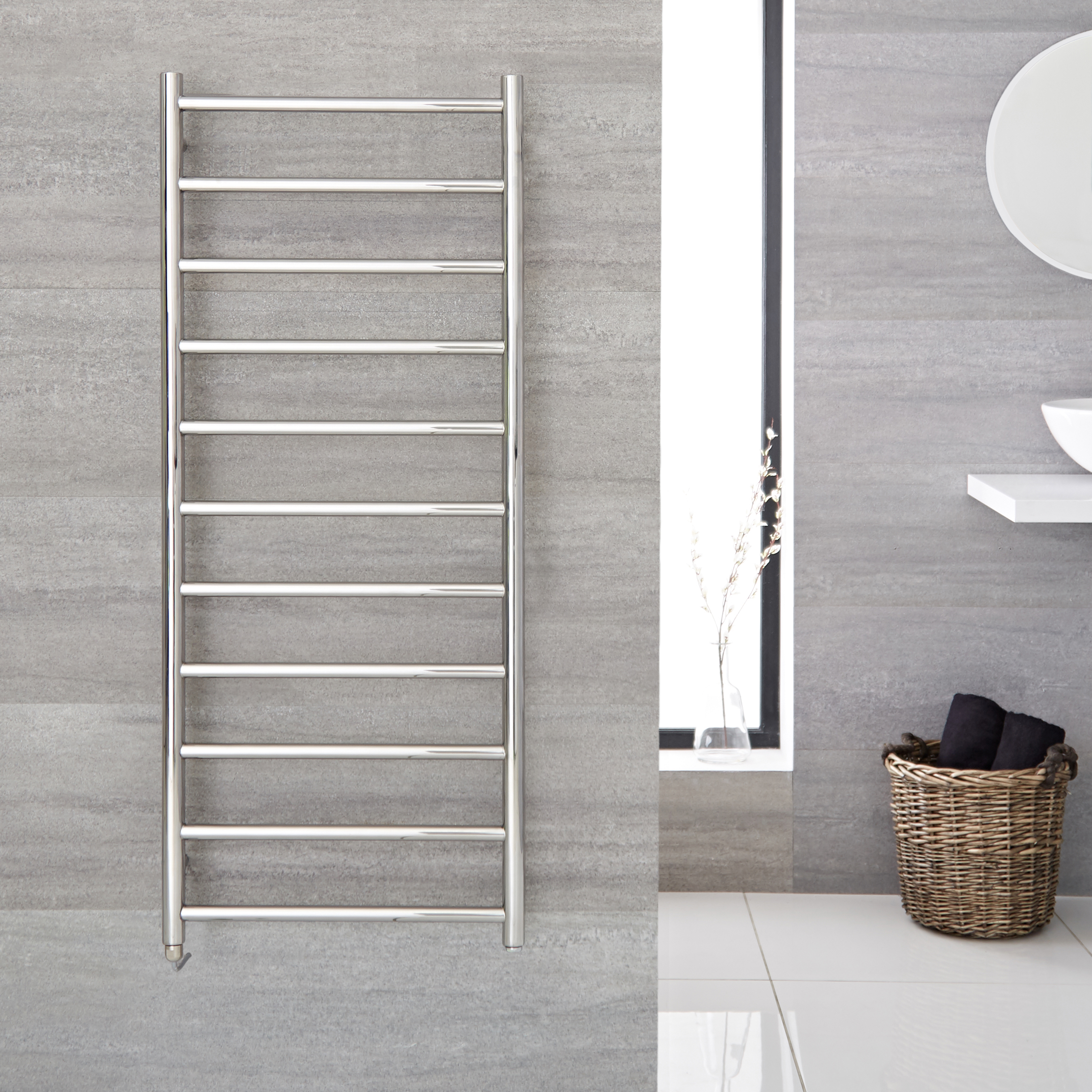 """Quo Electric - Stainless Steel Towel Warmer - 47.25"""" x 19.625"""""""