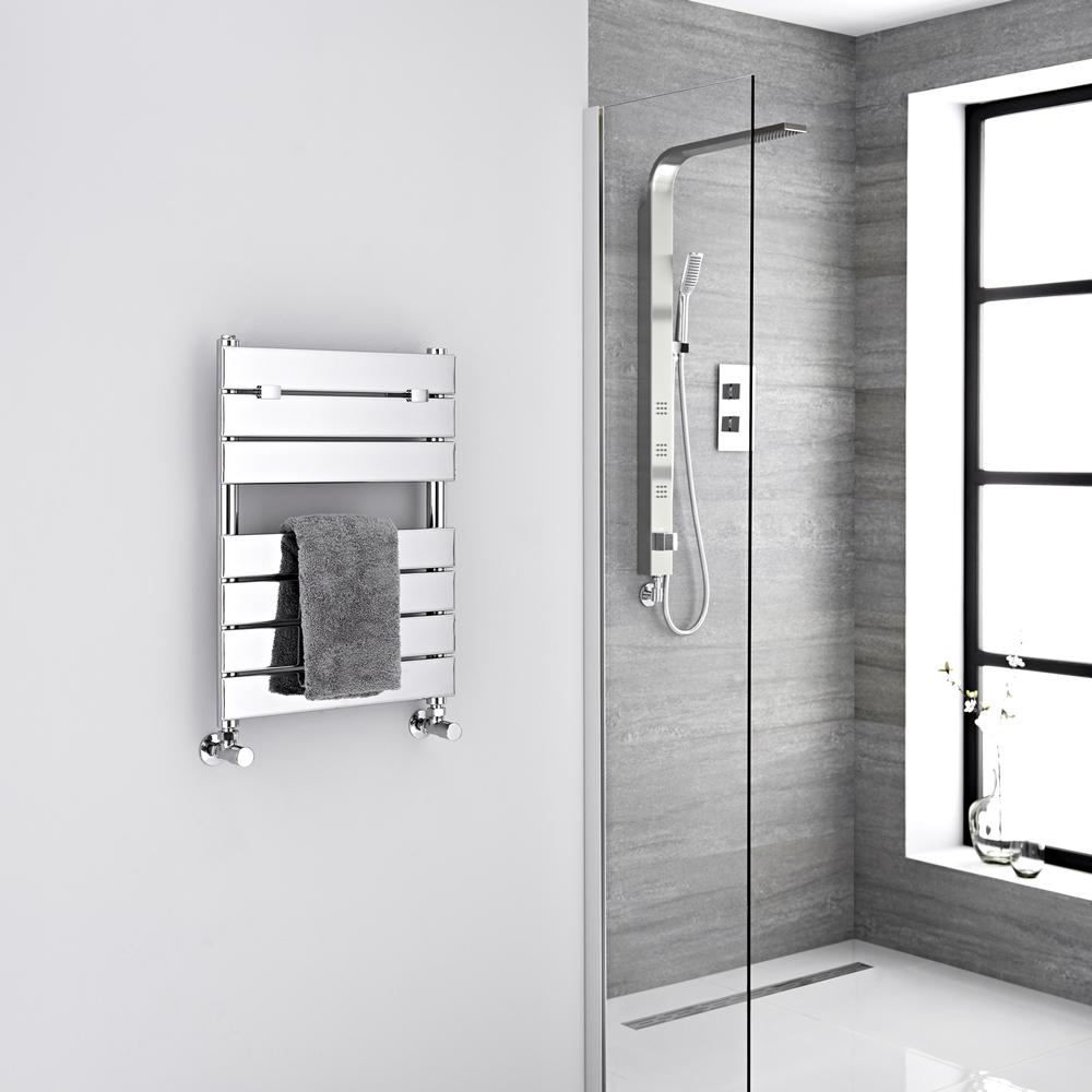 "Lustro  - Hydronic Chrome Heated Towel Warmer - 24.5"" x 18"""