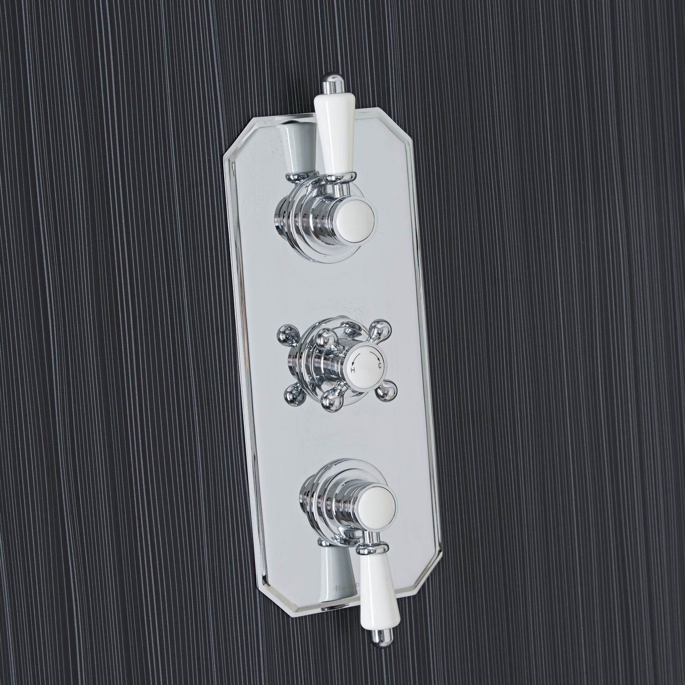 Traditional Concealed 3 Outlet Triple with Diverter Thermostatic Shower Valve (Traditional Plate)